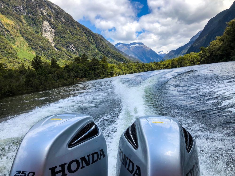 milford track boat out